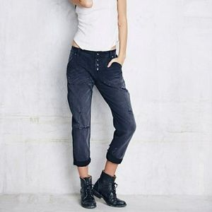 Free People Mountaineer Distressed Jeans Black 0